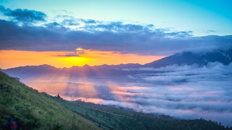 Ultimate Southeast Asia Bucket list - Experiences in Southeast Asia - Sunrise at Mount Batur | Hello Raya Blog