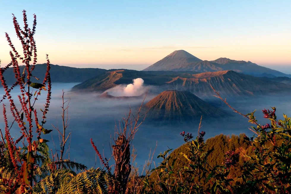 Ultimate Southeast Asia Bucket list - Experiences in Southeast Asia - Sunrise in Mt Bromo | Hello Raya Blog
