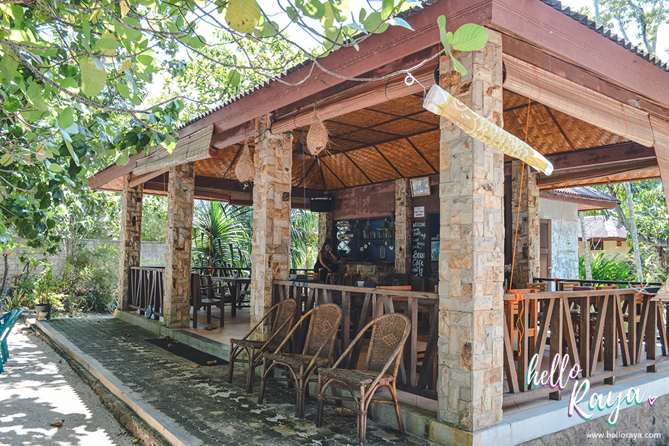 Bixio Cafe Long Beach in Pulau Weh | Hello Raya Blog