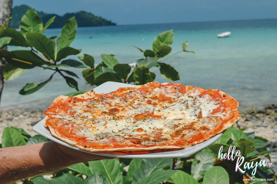 Places to Eat in Pulau Weh | Tipsy Toby Cafe | Hello Raya Blog