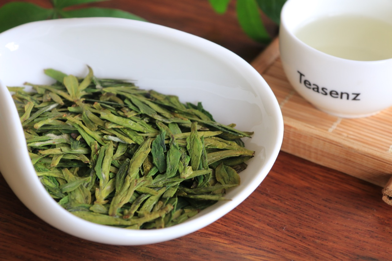 West Lake Dragon Well Tea Harvest Expect To Drop 10% Next Year