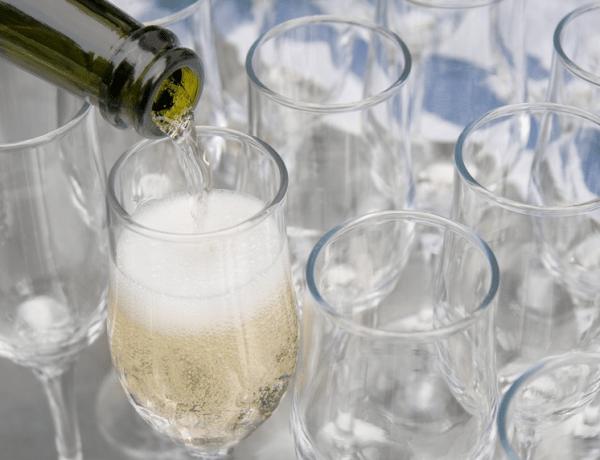 champagne pouring bubbles