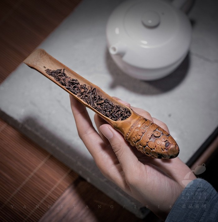 bamboo root scoop
