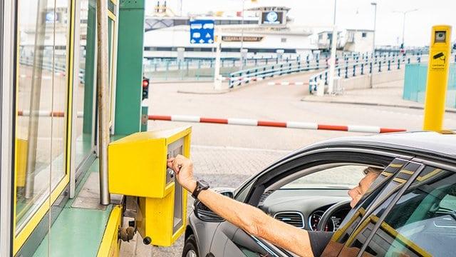 Kosten boot Texel bij veerhaven Den Helder