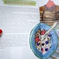"""Paprykowy ser z nerkowców i słonecznika i recenzja książki """"Wegan Nerd. Moja roślinna kuchnia"""""""