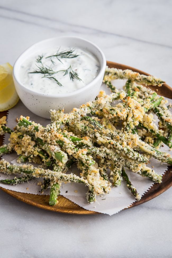 Crispy Asparagus Fries with Lemon-Dill Dipping Sauce