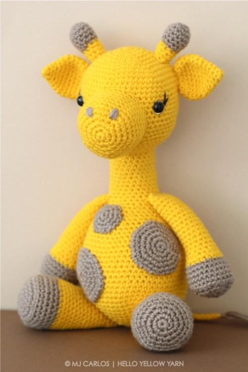Graceful-Gemma-Giraffe-HYY-1