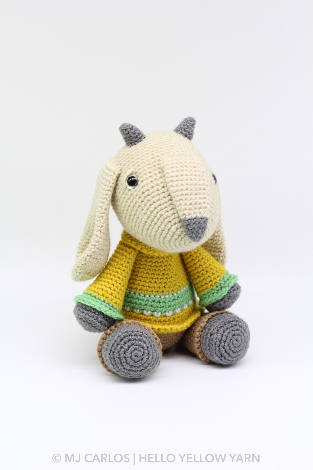 Gilbert the Goat Amigurumi Pattern