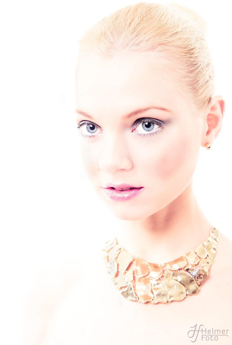 Modell: Kristine J.