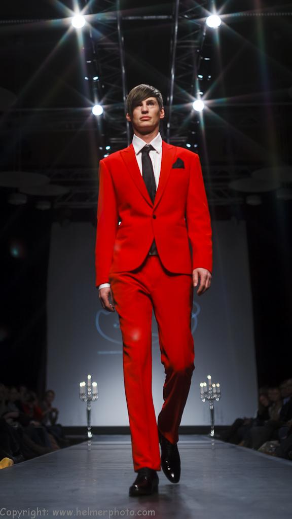 OFW Norwegian Couture_feb2012_184