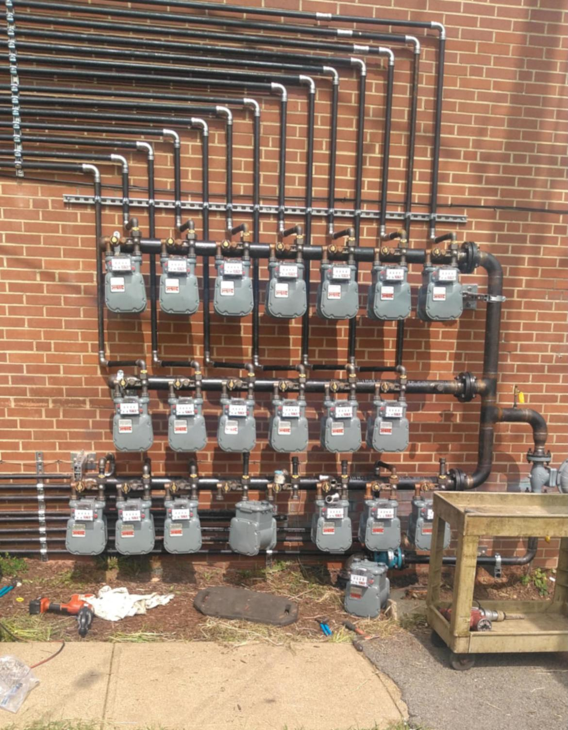 commercial 22 gas meter manifold installation