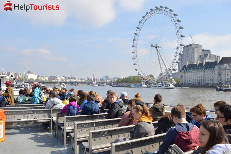 Bootsfahrt Themse Blick auf London Eye