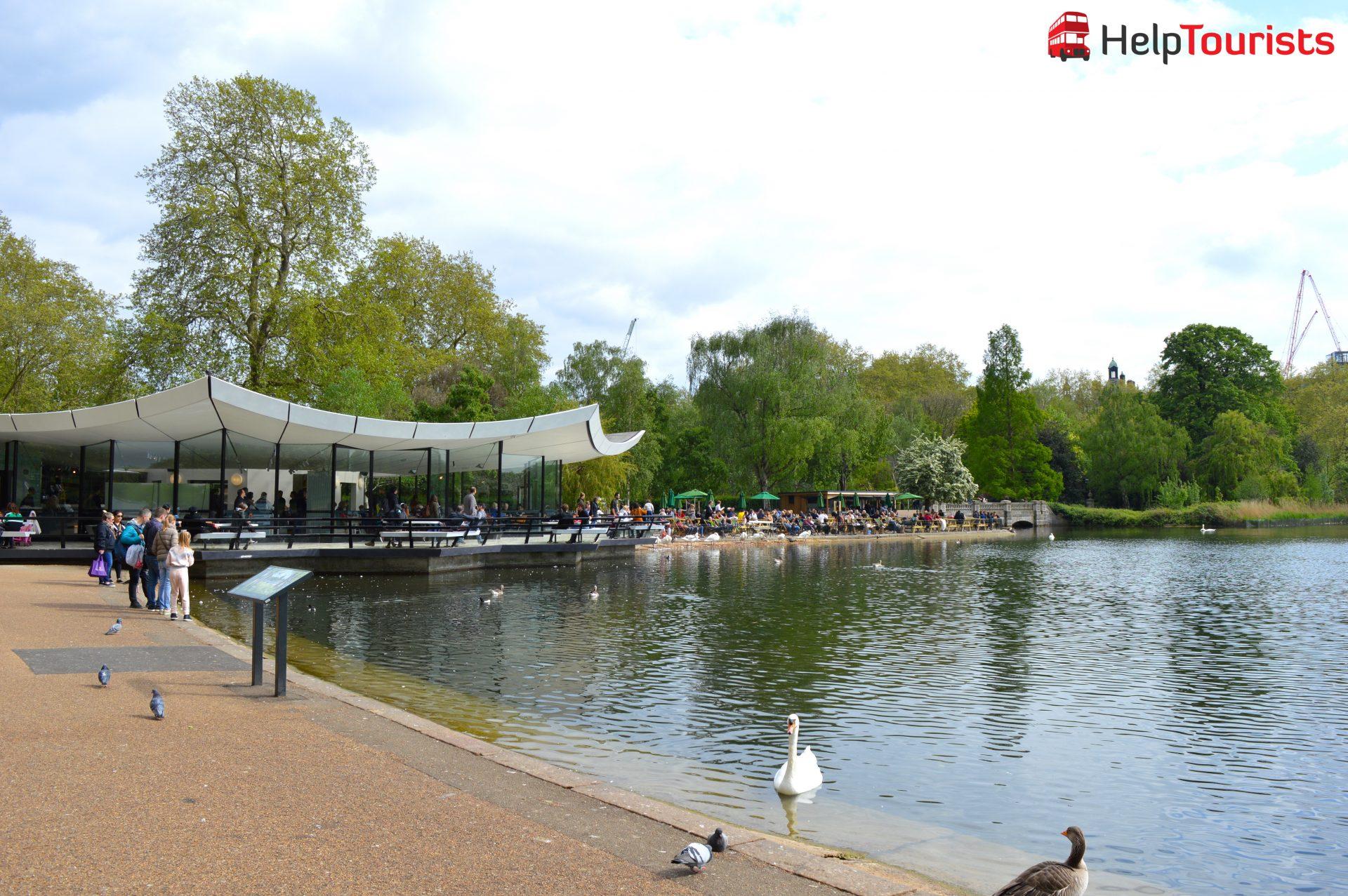 London Hyde Park großer Teich Café