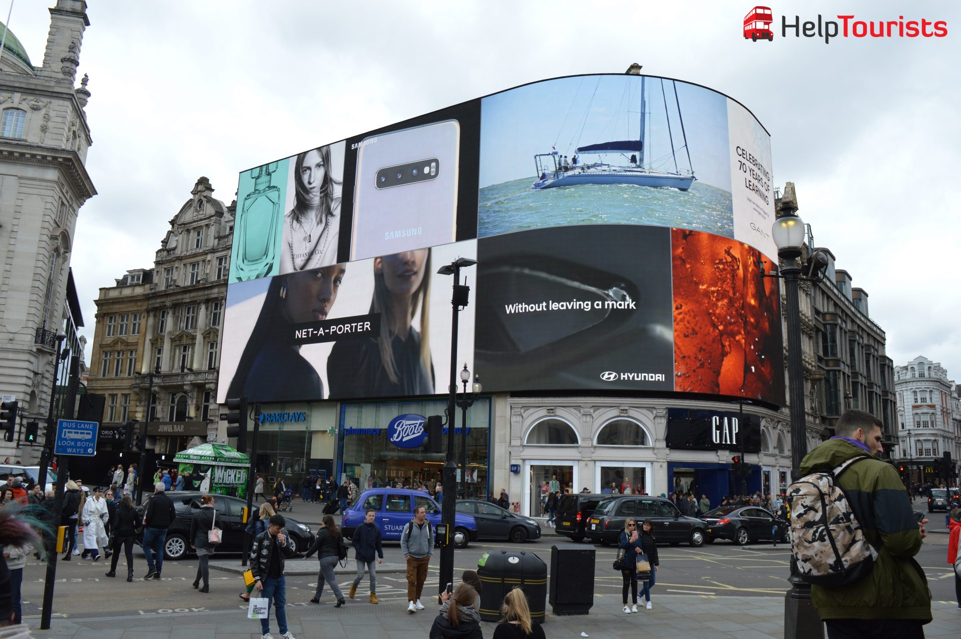 Piccadilly_Circus_London