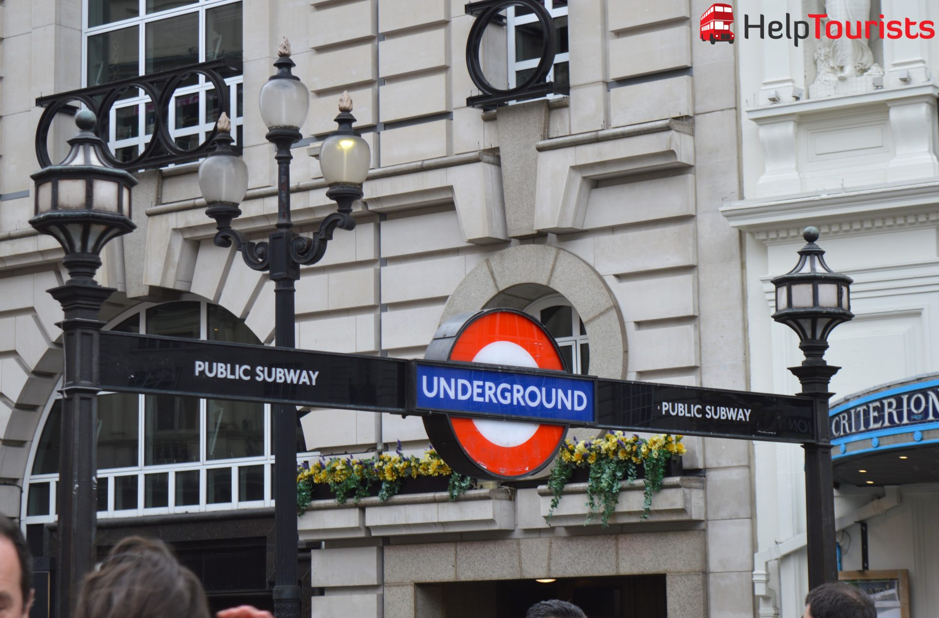 Underground London Eingang Piccadilly