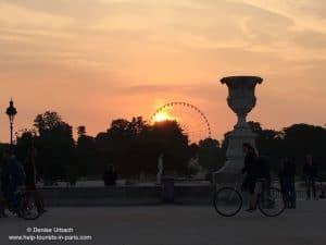 Louvre Garten Sonnenuntergang