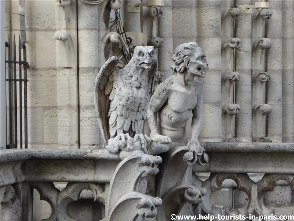 Fantasiefiguren Notre Dame