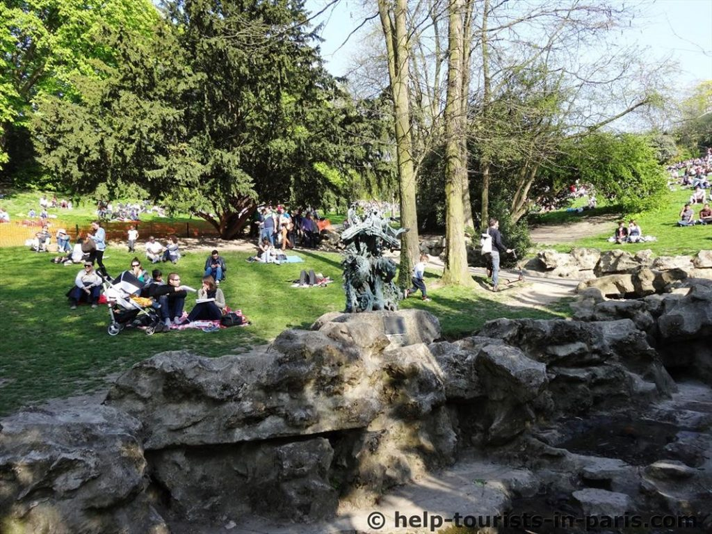 Buttes Chaumont Park in Paris