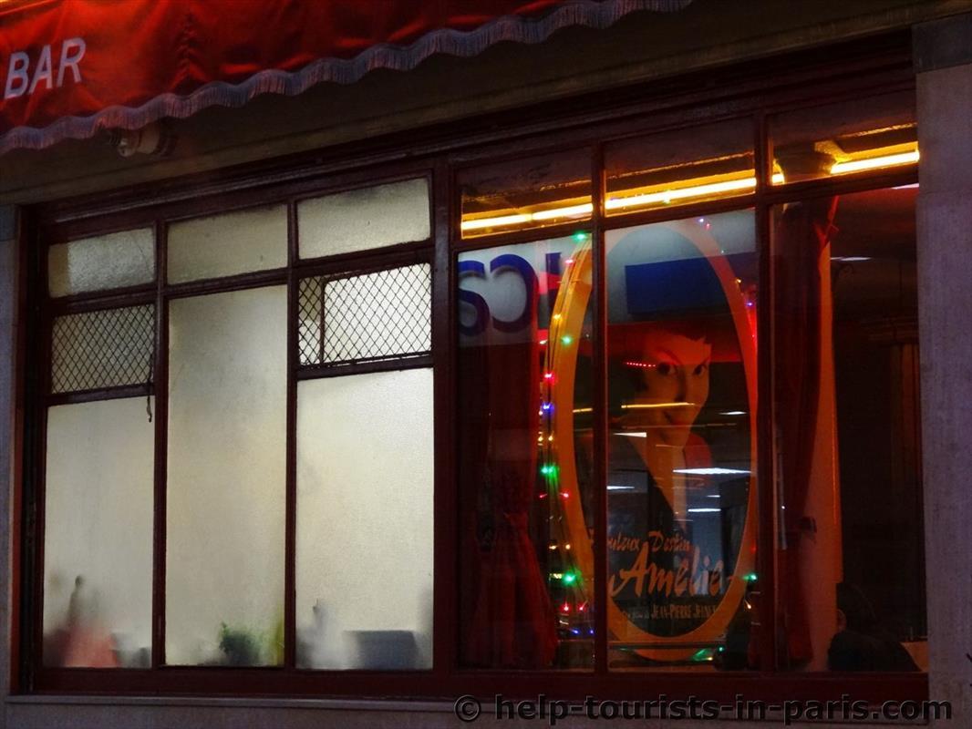 Café des deux moulins in Montmartre