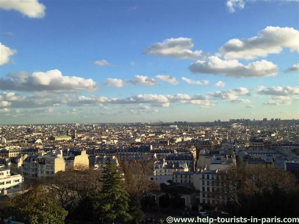 Ausblick von Sacre Coeur auf die Stadt