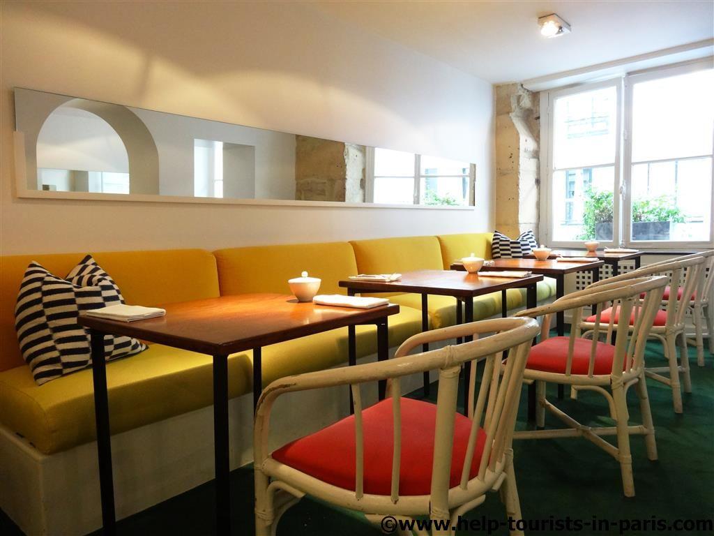 Café Claus in Paris