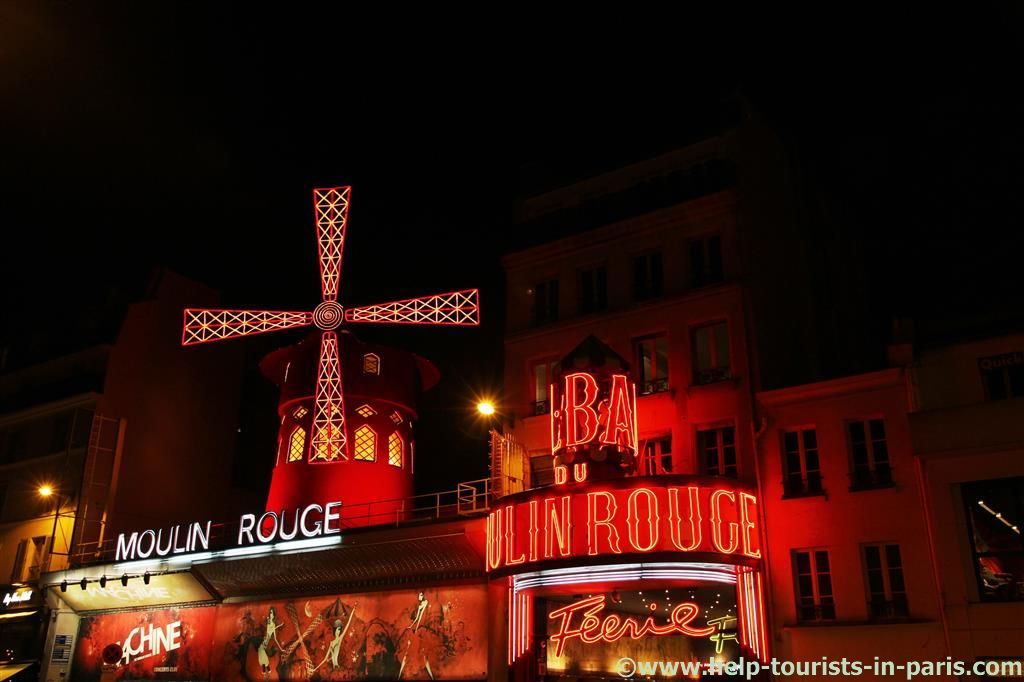 Moulin Rouge bei Nacht
