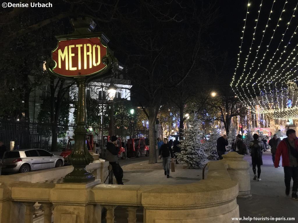 Metro Weihnachten Paris