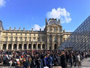 Warteschlangen Louvre