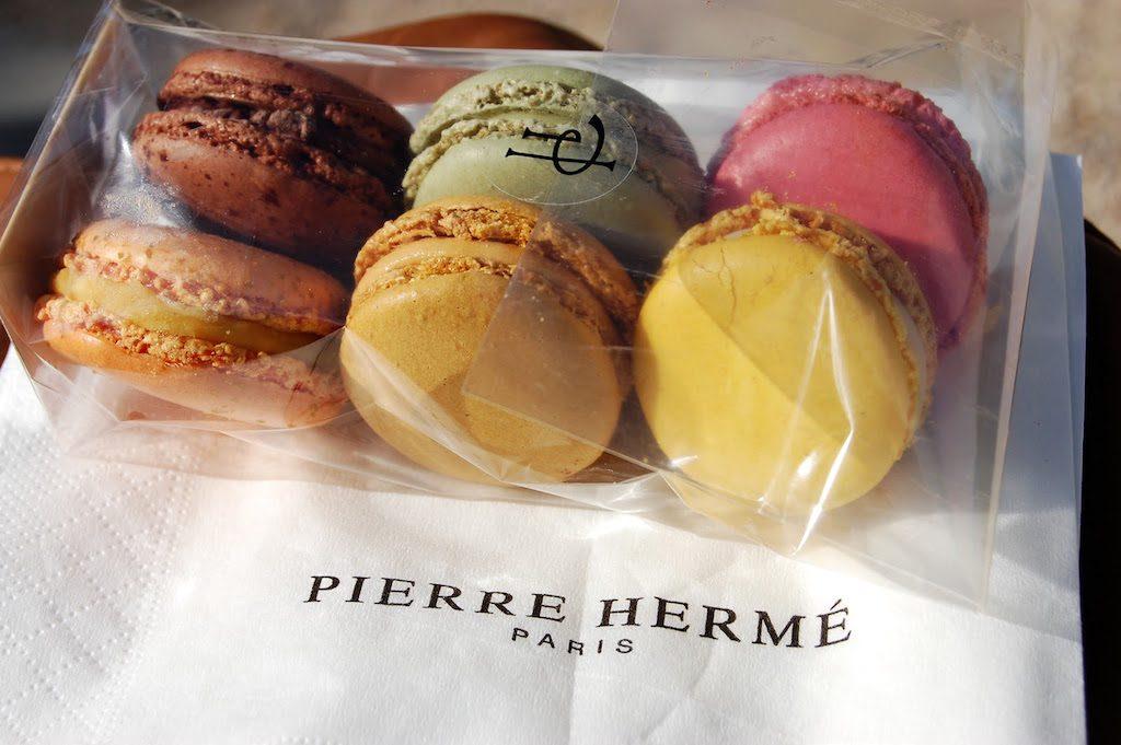 Macaron Pierre Hermé Paris