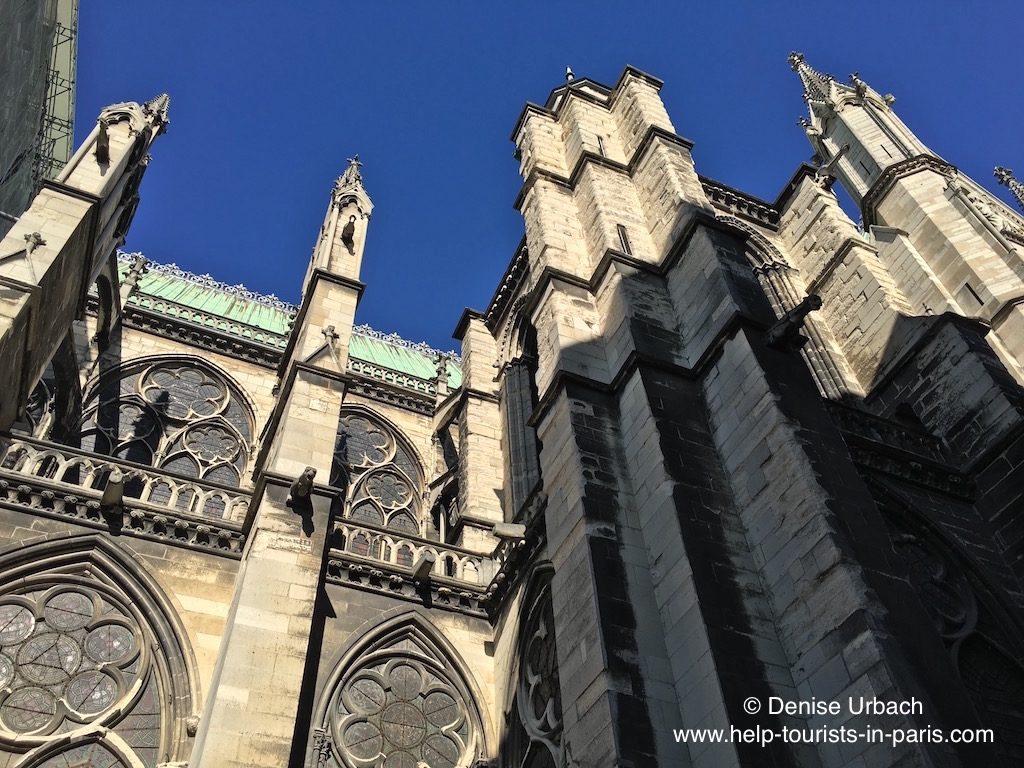 aussenansicht-basilika-saint-denis