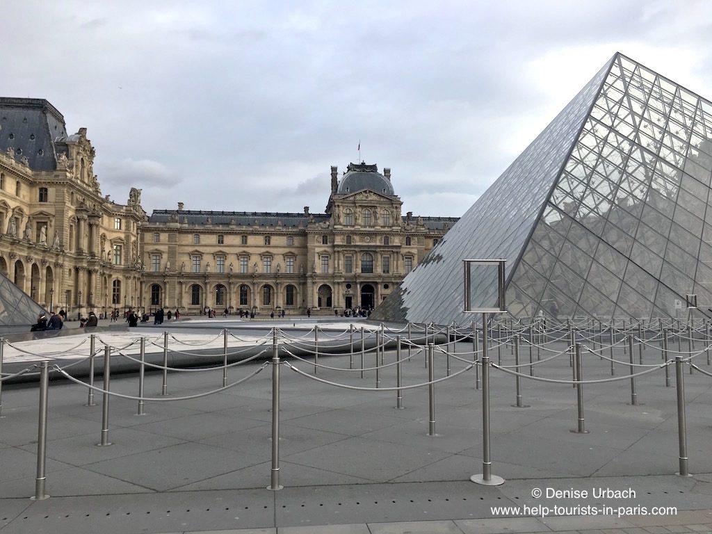 Louvre Museum Paris Haupteingang