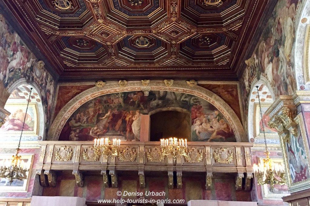 Schloss Fontainebleau Ballsaal mit Empore