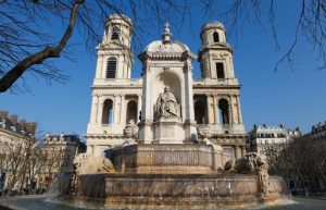 Eglise-Saint-Sulpice-fontaine-Paris
