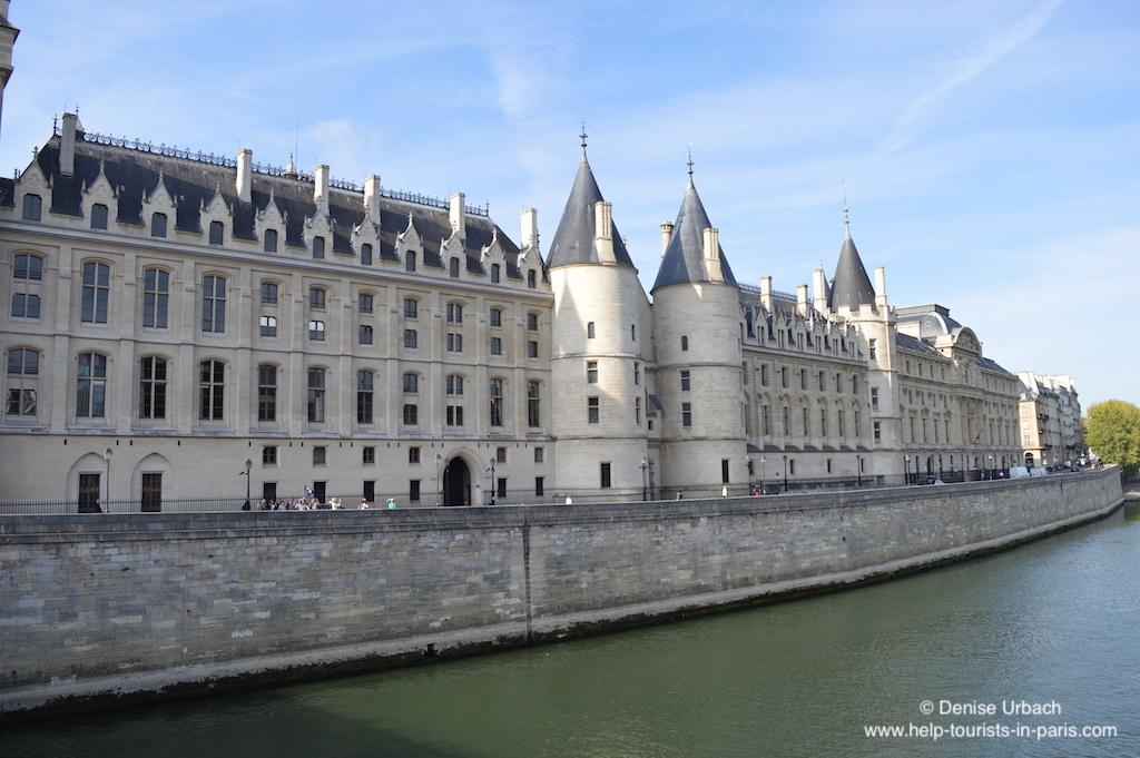 Conciergerie auf der Pariser Stadtinsel