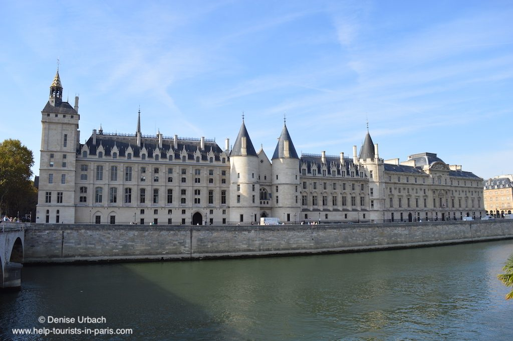 Conciergerie-in-Paris