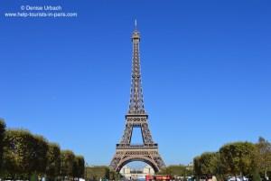 Eiffelturm Paris blauer Himmel