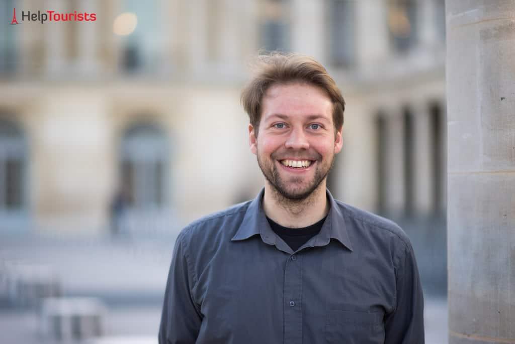 Alex von HelpTourists