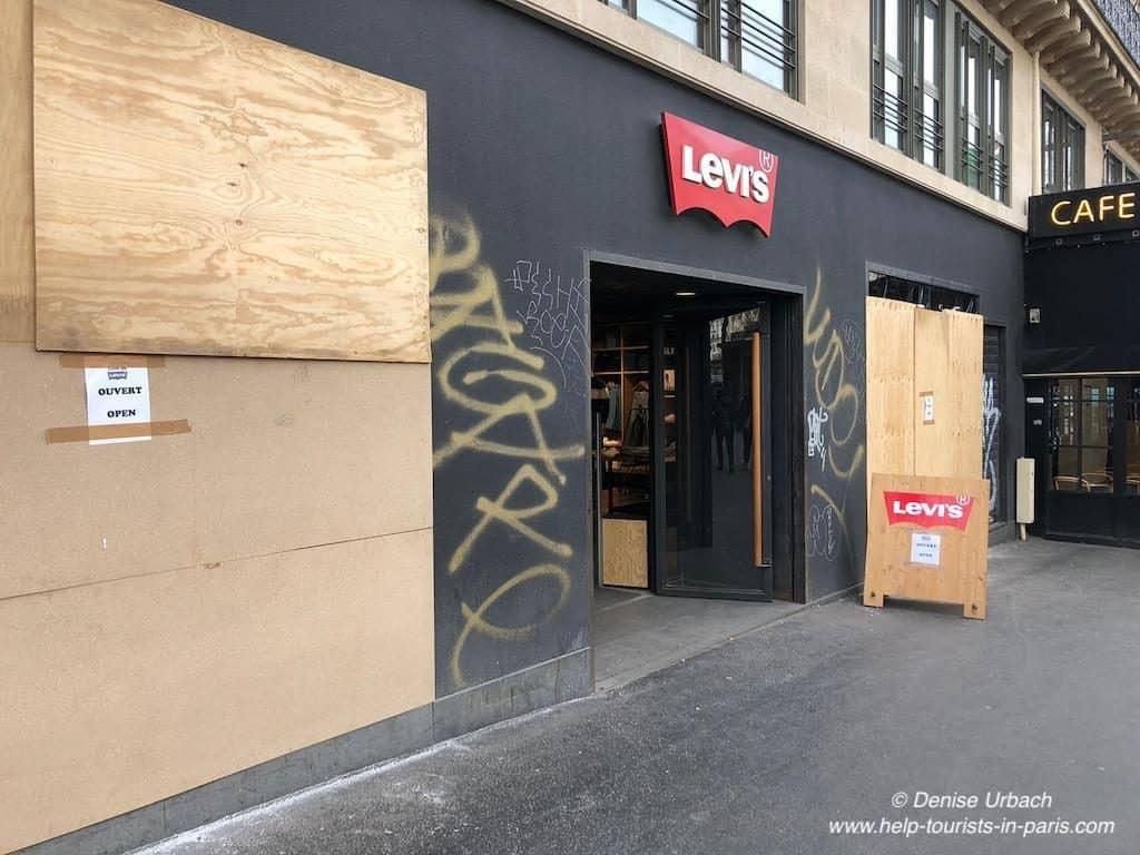 Gelbwesten Demonstrationen Geschäfte Paris