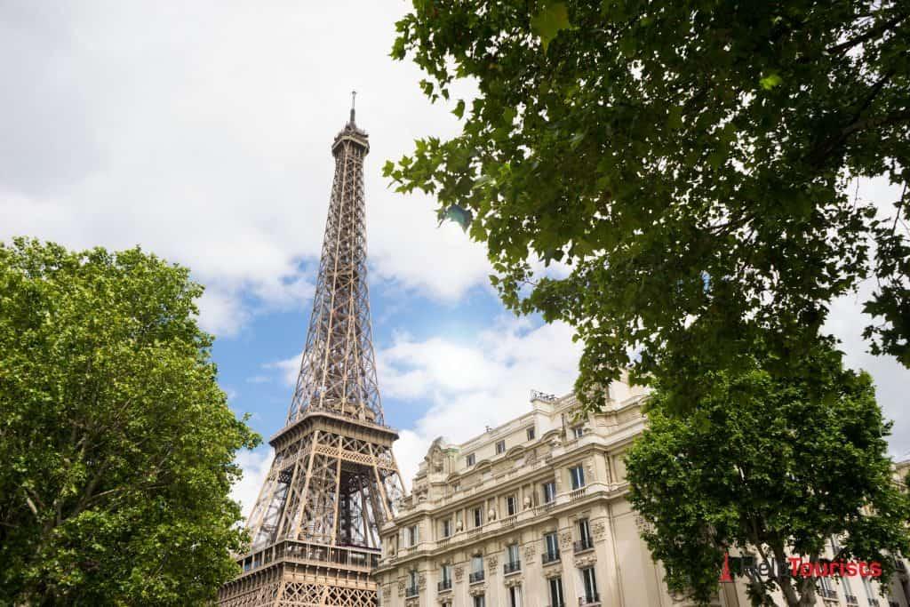 Eiffelturm_Spitze_Tickets