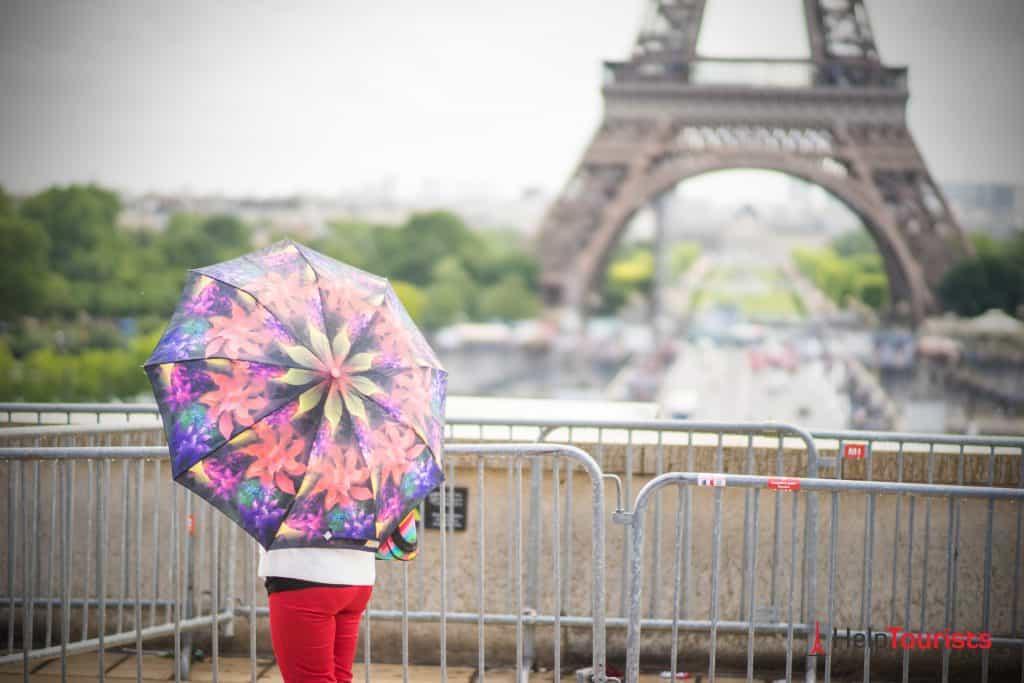 Paris Regen Eiffelturm