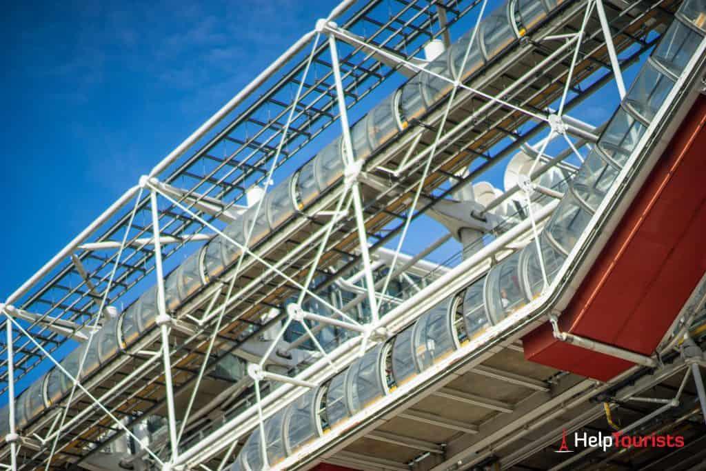 PARIS_Centre-Pompidou_Roehren_nah_l