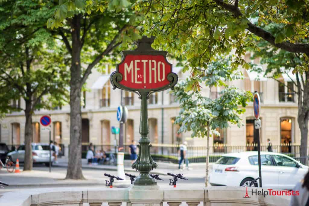 PARIS_Champ-Elysees_Metro-Schild_l