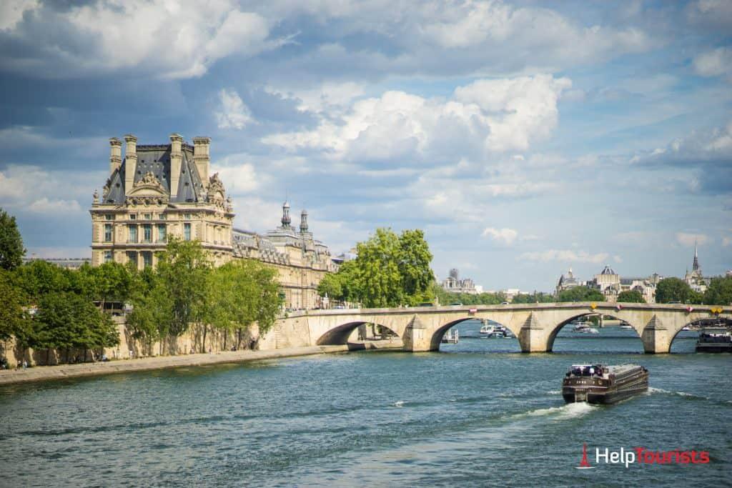PARIS_Louvre_Bruecke_Seine_l