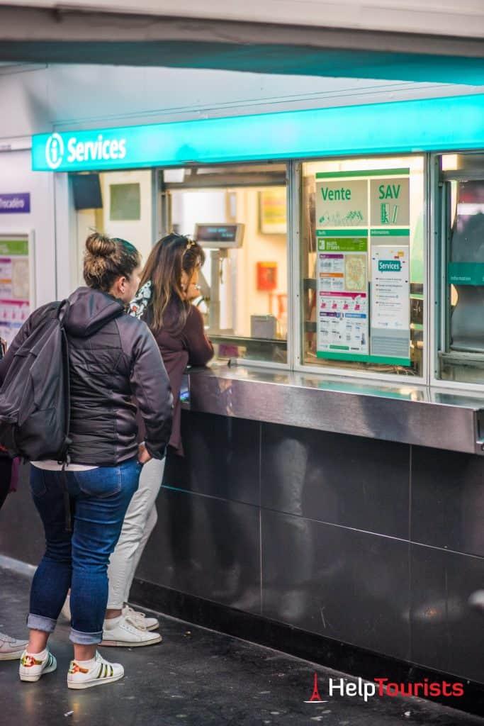 PARIS_Metro_Innen_Service_Schalter_Tickets_l