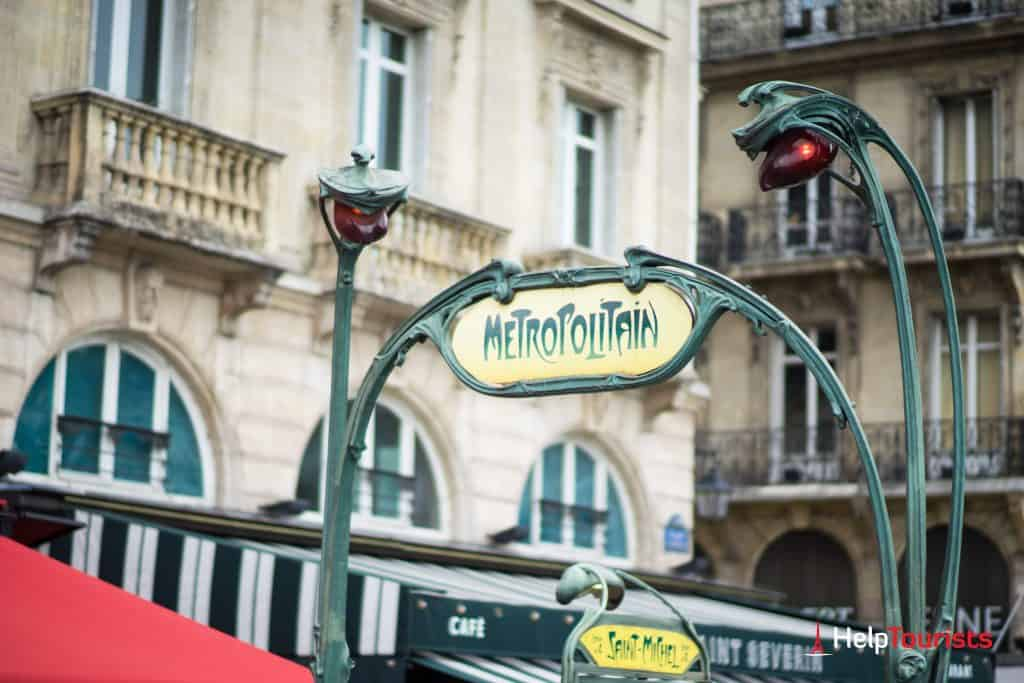 PARIS_Metro_Metropolitain_Saint-Michel_Schild_l