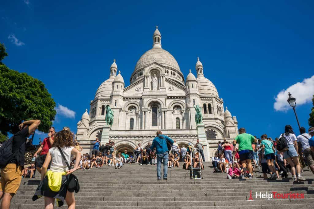 PARIS_Sacre-Coeur_Musiker_Treppen_l