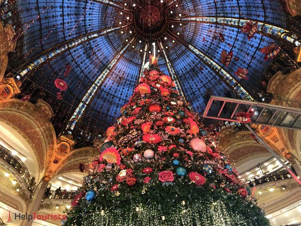 Paris Weihnachten 2019 Kuppel Weihnachtsbaum Lafayette