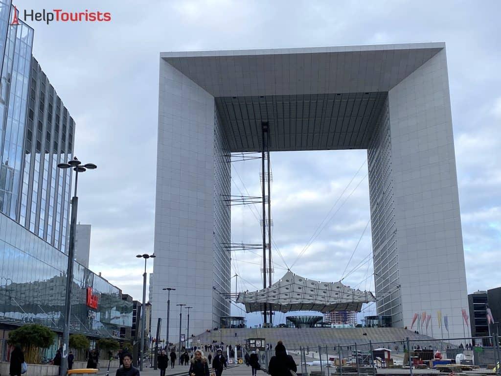 Paris Grande Arche ganz