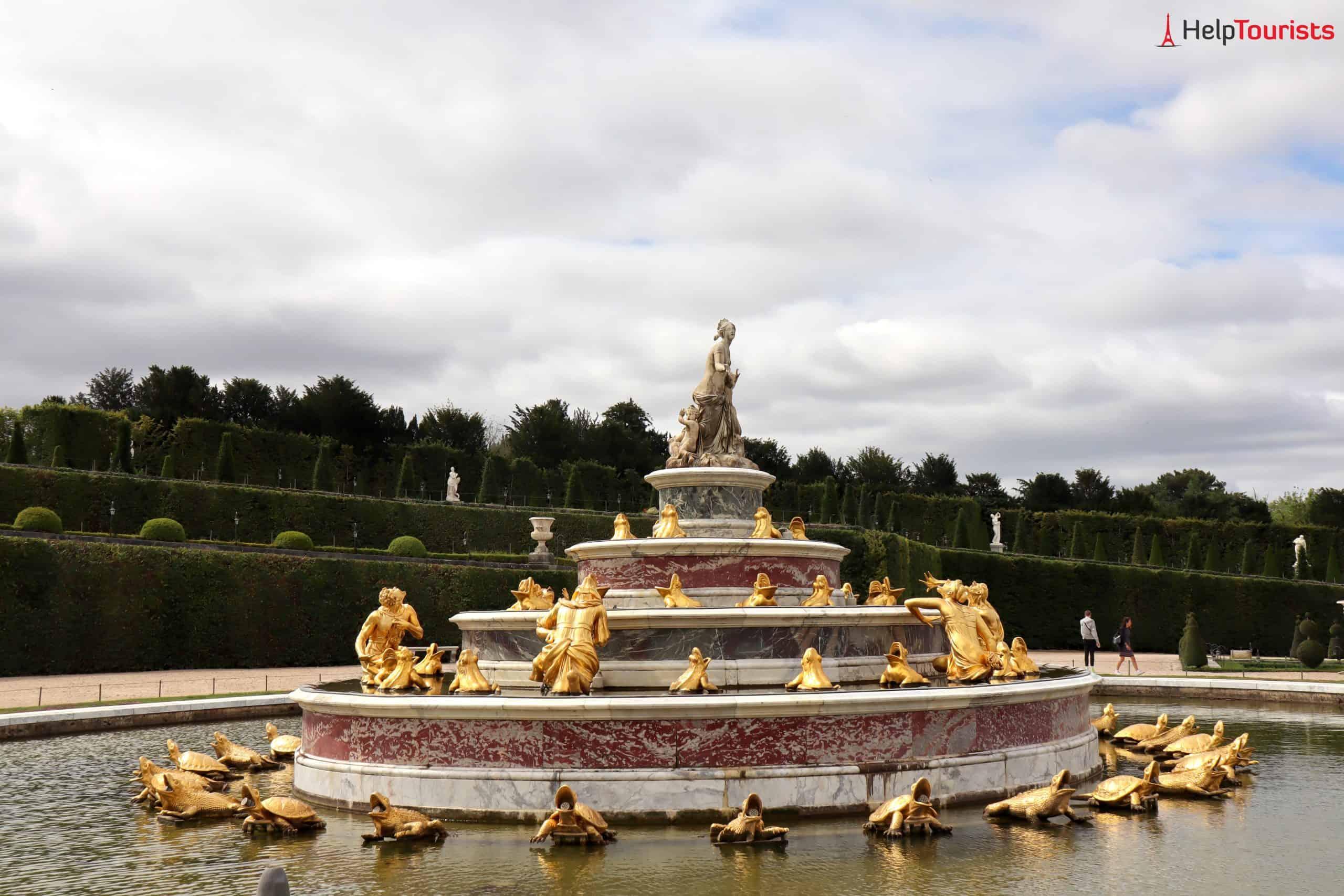 Paris Versailles Garten Brunnen Bäume 5
