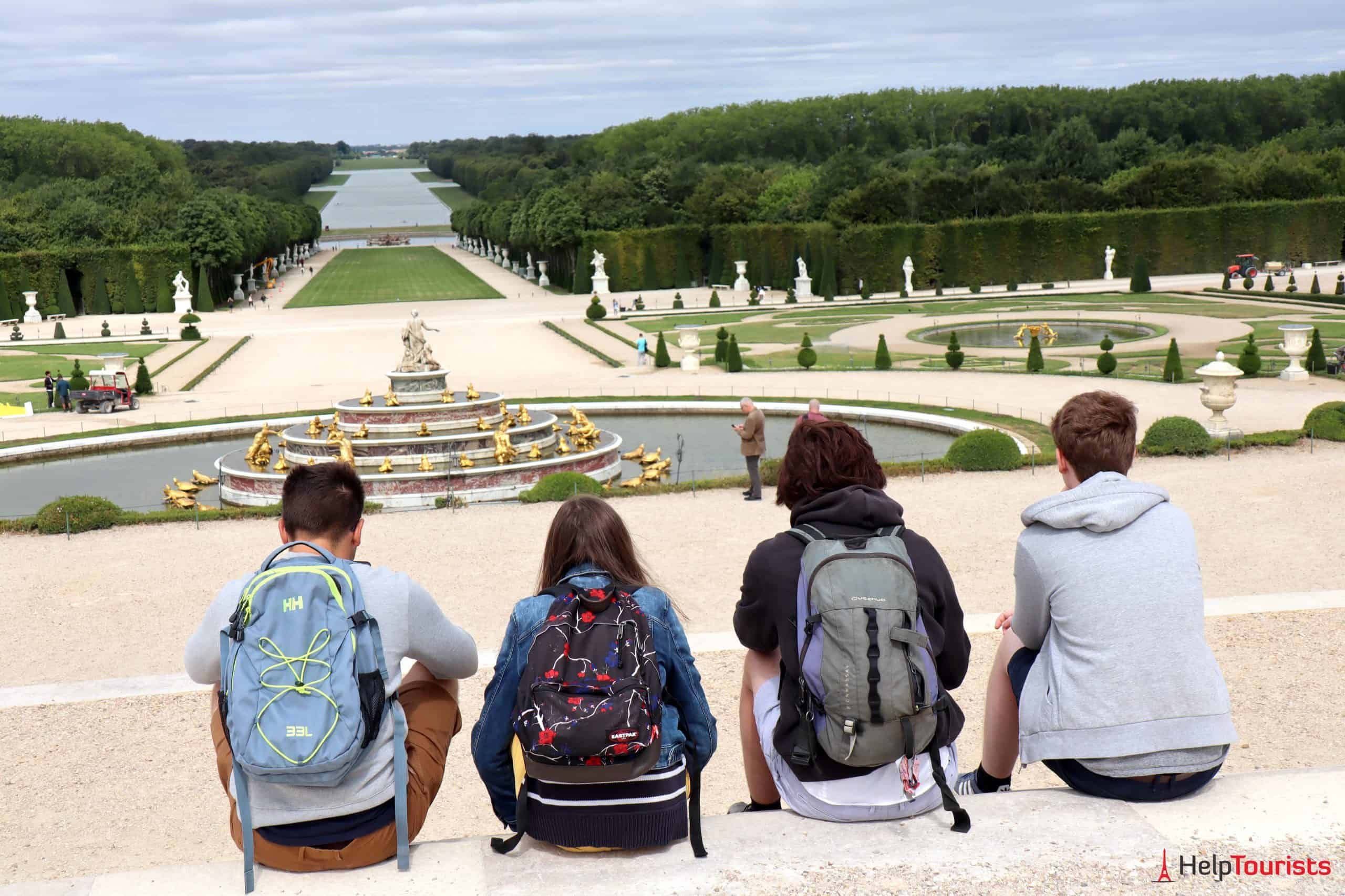 Paris Versailles Garten Brunnen Kanal Besucher